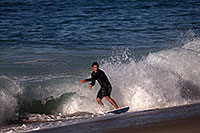 /images/133/2013-01-02-ca-aliso-surf-17327.jpg - #10632: Skimboarders at Aliso Beach, California … January 2013 -- Aliso Creek Beach, California
