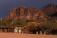 /images/133/2013-03-05-supers-stagecoach-29077.jpg - #10868: Sunset in Superstitions … March 2013 -- Superstitions, Arizona
