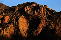 /images/133/2013-04-15-supers-mountains-36598.jpg - #11047: Apache Trail mountains in the evening … April 2013 -- Apache Trail Road, Superstitions, Arizona