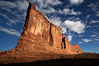 /images/133/2013-10-29-courthouse-mon-1dx_1846.jpg - #11172: Courthouse Towers in Arches National Park … October 2013 -- Courthouse Towers, Arches Park, Utah
