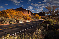 /images/133/2013-10-29-courthouse-road-1dx_1819.jpg - #11175: Courthouse Towers in Arches National Park … October 2013 -- Courthouse Towers, Arches Park, Utah