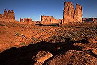 /images/133/2013-11-02-courthouse-rocks-1dx_4748.jpg - #11236: Courthouse Towers in Arches National Park … November 2013 -- Courthouse Towers, Arches Park, Utah