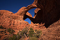/images/133/2013-11-03-double-arch-1dx_5112.jpg - #11249: Double Arch in Arches National Park … November 2013 -- Double Arch, Arches Park, Utah