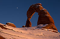 /images/133/2013-12-11-arches-delicate-1dx_2770.jpg - #11391: Delicate Arch in Arches National Park … December 2013 -- Delicate Arch, Arches Park, Utah