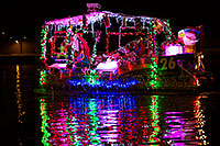 /images/133/2013-12-14-tempe-boats-1dx_5087.jpg - #11400: APS Fantasy of Lights Boat Parade … December 2013 -- Tempe Town Lake, Tempe, Arizona
