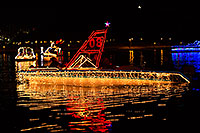 /images/133/2013-12-14-tempe-boats-1dx_5605.jpg - #11408: APS Fantasy of Lights Boat Parade … December 2013 -- Tempe Town Lake, Tempe, Arizona