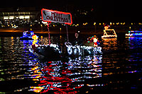 /images/133/2013-12-14-tempe-boats-1dx_5661.jpg - #11409: APS Fantasy of Lights Boat Parade … December 2013 -- Tempe Town Lake, Tempe, Arizona