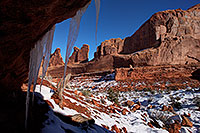 /images/133/2013-12-22-arches-park-ice-1-1dx_7870.jpg - #11439: Park Avenue in Arches National Park … December 2013 -- Park Avenue, Arches Park, Utah