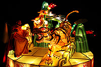 /images/133/2014-01-31-fhills-chin-tiger-5d2_0320.jpg - #11716: Xiang Long Fu Hu can defeat the tiger and the dragon - Chinese New Year Lanterns … February 2014 -- Fountain Hills, Arizona