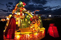 /images/133/2014-02-04-fhills-chin-tiger-5d2_1650.jpg - #11754: Xiang Long Fu Hu can defeat the tiger and the dragon - Chinese New Year Lanterns … February 2014 -- Fountain Hills, Arizona