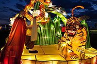 /images/133/2014-02-04-fhills-chin-tiger-5d2_1685.jpg - #11755: Xiang Long Fu Hu can defeat the tiger and the dragon - Chinese New Year Lanterns … February 2014 -- Fountain Hills, Arizona