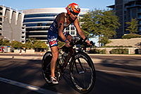 /images/133/2014-11-16-ironman-bike-1dx_0388.jpg - #12223: 01:30:52 #92 Jacqui Gordon [DNF,USA,01:00:47 swim, 05:28:33 bike] cycling at Ironman Arizona 2014 … November 2014 -- Rio Salado Parkway, Tempe, Arizona