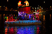 /images/133/2014-12-13-tempe-boats-1dx_8794.jpg - #12316: Boat #05 at APS Fantasy of Lights Boat Parade … December 2014 -- Tempe Town Lake, Tempe, Arizona