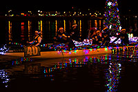 /images/133/2014-12-13-tempe-boats-1dx_9799.jpg - #12325: Boat #40 at APS Fantasy of Lights Boat Parade … December 2014 -- Tempe Town Lake, Tempe, Arizona