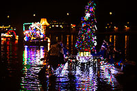 /images/133/2014-12-13-tempe-boats-1dx_9919.jpg - #12326: Boat #40 at APS Fantasy of Lights Boat Parade … December 2014 -- Tempe Town Lake, Tempe, Arizona