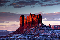 /images/133/2015-01-10-monvalley-morning-1dx_1417.jpg - #12354: Morning in Monument Valley … January 2015 -- Monument valley, Utah