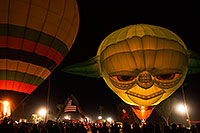 /images/133/2015-01-17-havasu-glow-1dx_8999.jpg - #12378: Balloons in Lake Havasu … January 2015 -- Lake Havasu City, Arizona