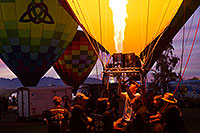 /images/133/2015-01-18-havasu-glow-1dx_0760.jpg - #12386: Balloons in Lake Havasu … January 2015 -- Lake Havasu City, Arizona
