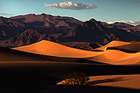 /images/133/2015-08-12-dv-mesquite-1-4-1dx_3128.jpg - #12585: Mesquite Sand Dunes in Death Valley … August 2015 -- Mesquite Sand Dunes, Death Valley, California
