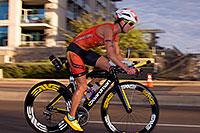 /images/133/2015-11-15-ironman-bike-6d_4562.jpg - #12697: 01:00:45 #70 Meredith Kessler [1st,USA,08:44:00] cycling at Ironman Arizona 2015 … November 2015 -- Rio Salado Parkway, Tempe, Arizona