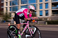 /images/133/2015-11-15-ironman-bike-6d_4585.jpg - #12700: 01:05:26 #72 Michwelle Vesterby [5th,DNK,09:11:31] cycling at Ironman Arizona 2015 … November 2015 -- Rio Salado Parkway, Tempe, Arizona