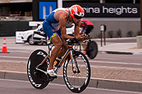 /images/133/2015-11-15-ironman-bike-6d_5019.jpg - #12709: 02:23:42 #35 Miguel Angel Fidalgo Rossello [14th,ESP,08:39:37] cycling at Ironman Arizona 2015 … November 2015 -- Rio Salado Parkway, Tempe, Arizona