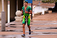 /images/133/2015-11-15-ironman-run-6d_5398.jpg - #12732: 05:31:43 #11 Lionel Sanders [1st,CAN,07:58:22] running for eventual win at Ironman Arizona 2015 … November 2015 -- Tempe Town Lake, Tempe, Arizona