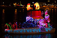 /images/133/2015-12-12-tempe-aps-lights-1dx_02593.jpg - #12787: Boat #02 at APS Fantasy of Lights Boat Parade … December 2015 -- Tempe Town Lake, Tempe, Arizona