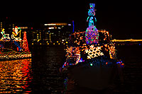 /images/133/2015-12-12-tempe-aps-lights-1dx_03173.jpg - #12795: APS Fantasy of Lights Boat Parade … December 2015 -- Tempe Town Lake, Tempe, Arizona