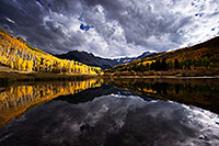 /images/133/2016-10-01-sneffels-pond-ref-1dx_26111.jpg - #13106: Mount Sneffels reflection … October 2016 -- Mount Sneffels, Colorado