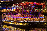 /images/133/2016-12-10-tempe-aps-lights-1dx_31874.jpg - #13220: Boat #08 at APS Fantasy of Lights Boat Parade … December 2016 -- Tempe Town Lake, Tempe, Arizona
