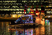 /images/133/2016-12-10-tempe-aps-lights-1dx_31947.jpg - #13223: Boat #39 at APS Fantasy of Lights Boat Parade … December 2016 -- Tempe Town Lake, Tempe, Arizona