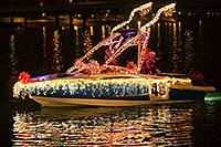 /images/133/2016-12-10-tempe-aps-lights-1dx_32275.jpg - #13232: Boat #40 at APS Fantasy of Lights Boat Parade … December 2016 -- Tempe Town Lake, Tempe, Arizona
