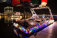 /images/133/2016-12-10-tempe-aps-lights-1dx_33314.jpg - #13256: Boat #08 at APS Fantasy of Lights Boat Parade … December 2016 -- Tempe Town Lake, Tempe, Arizona