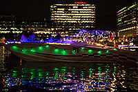 /images/133/2016-12-10-tempe-aps-lights-1dx_33572.jpg - #13262: Boat #01 at APS Fantasy of Lights Boat Parade … December 2016 -- Tempe Town Lake, Tempe, Arizona