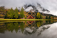 /images/133/2017-09-28-crested-house-mi100-a7r2_4017.jpg - #14094: House reflection in Crested Butte … September 2017 -- Crested Butte, Colorado