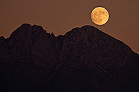 /images/133/2017-11-02-4peaks-mo-im100-a7r2_06436.jpg - #14170: Evening moon at Four Peaks, Arizona … October 2017 -- Four Peaks, Arizona