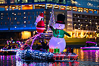 /images/133/2017-12-09-tempe-boats-luviv-5D4_0921.jpg - #14214: Boat #25 at APS Fantasy of Lights Boat Parade … December 2017 -- Tempe Town Lake, Tempe, Arizona