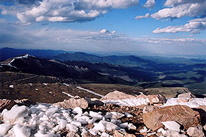 view from top parking lot of Mt Evans