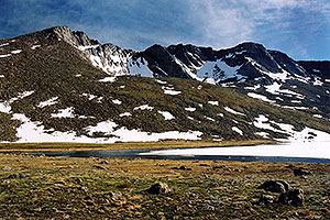 Mt Evans peaks … view from Summit Lake