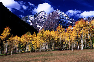 images of Maroon Bells