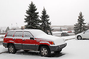 red Jeep Grand Cherokee in Lone Tree