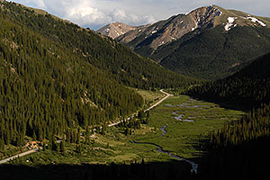 Independence Pass road from Twin Lakes side …