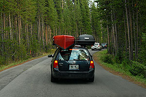 VW Jetta with Canoe and Thule cartop - Cars approaching Inspiration Point from Canyon Village -