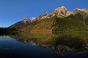 Mountains reflecting in String Lake