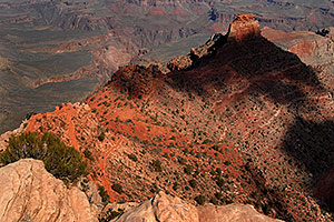 View from Ooh-Aah Point along South Kaibab Trail in Grand Canyon