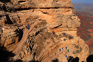 People heading down from top of South Kaibab Trail in Grand Canyon
