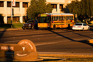 School bus and traffic at Kiwanis Park