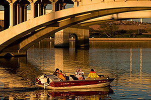 Afternoon boats at Tempe Beach Park