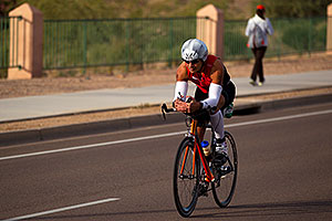 01:36:19 - #925 cycling - Ironman Arizona 2010